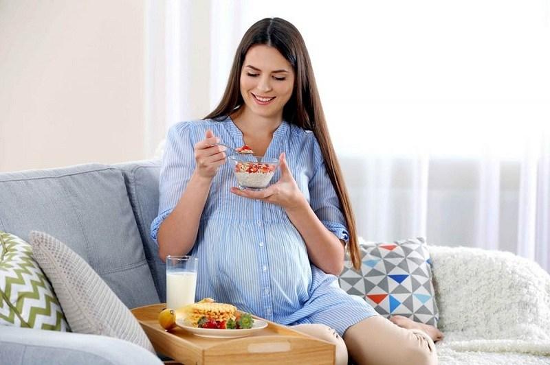 Bổ sung lợi khuẩn và tăng đề kháng bằng cách ăn 1 hộp sữa chua/ngày
