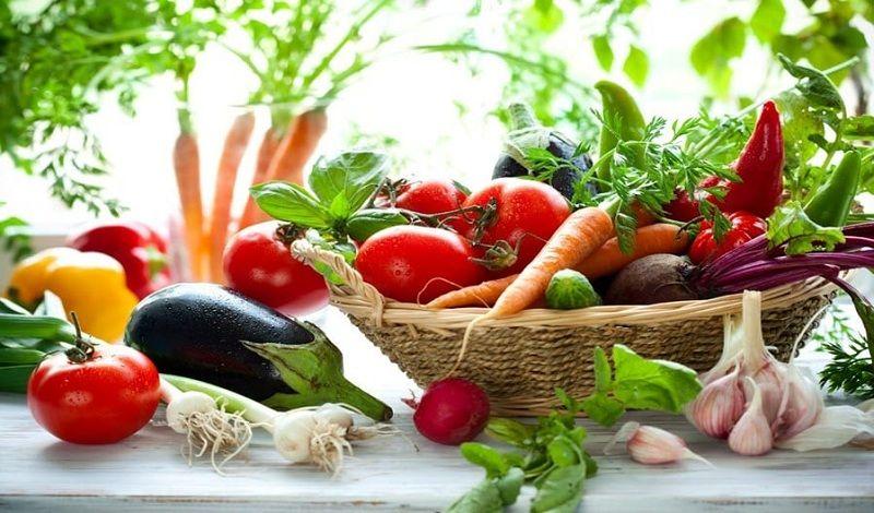 Chú ý bổ sung thêm rau, hoa quả chứa vitamin để tăng cường sức đề kháng