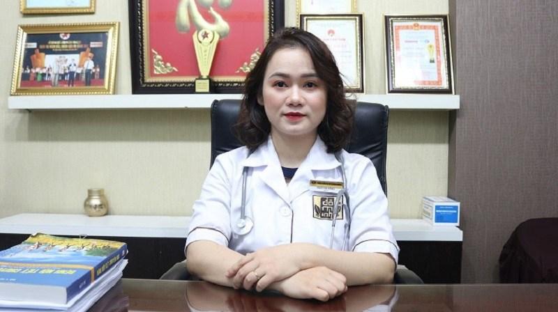 Bác sĩ Hằng được nhiều bệnh nhân tin tưởng trong điều trị viêm âm đạo