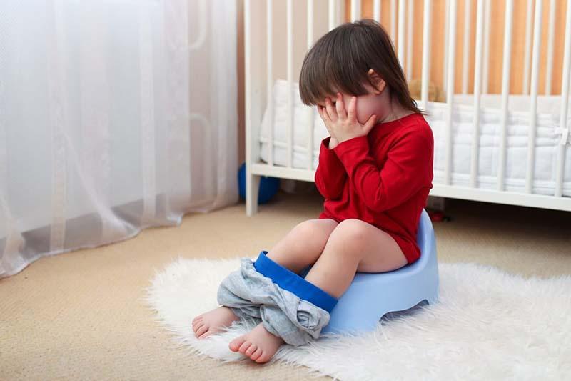 Viêm âm đạo ở trẻ nhỏ vô cùng nguy hiểm vì có thể ảnh hưởng đến chức năng sinh sản sau này
