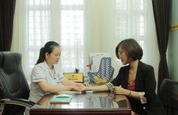 Đội ngũ bác sĩ tại Đỗ Minh Đường luôn tận tình hỗ trợ chị em