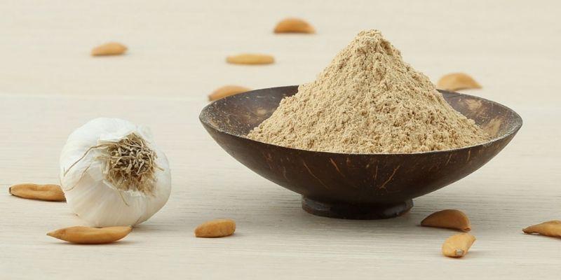 Sử dụng bột tỏi các hợp với tinh dầu điều trị nấm âm đạo